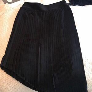 Saks Fifth Avenue black asymmetrical pleated skirt